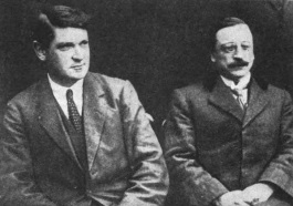 Picture_of_Michael_Collins_and_Arthur_Griffith